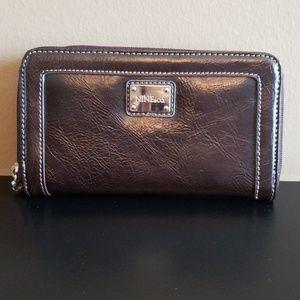NWOT Brown Nine & Co Wallet